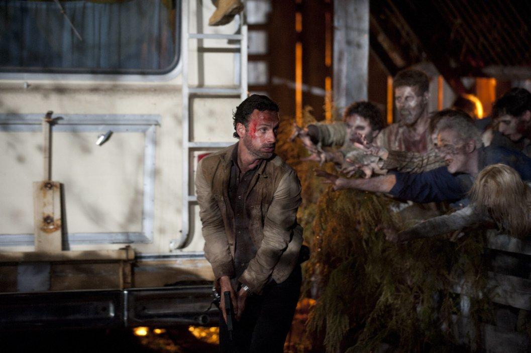The Walking Dead Rewatch – Season 2, Episode 13 (Beside the Dying Fire)